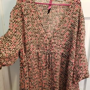 Pure energy plus size 4 semi I shear top/tunic